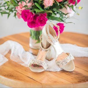 BEST Wedding Shoes! Badgley Mischka block heel